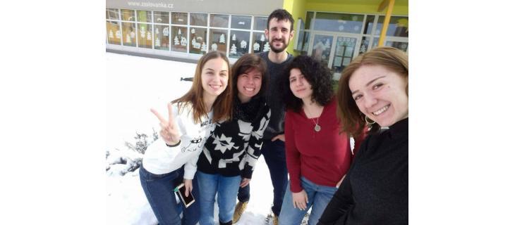 Čtvrt roku dobrovolnictví na severu Čech aneb Žádný hněv a žádná rvačka